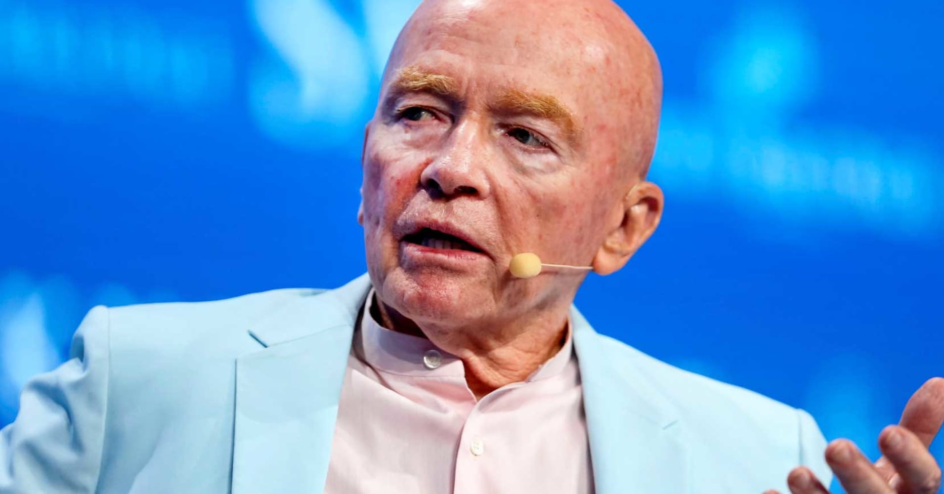 Global investing mogul Mark Mobius says Theresa May 'has got to go'