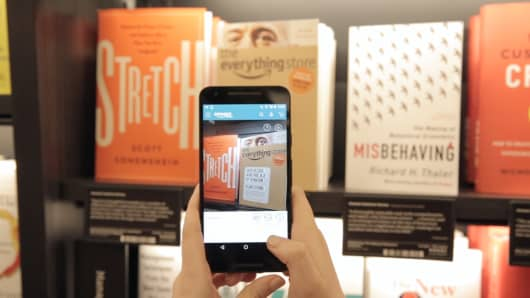 Amazon's new New York City bookstore lets users add items to their cart directly with the scanning technology in the Amazon app.