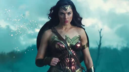 Women-Only Showings Of Wonder Woman At Alamo Drafthouse Cause Uproar-3546