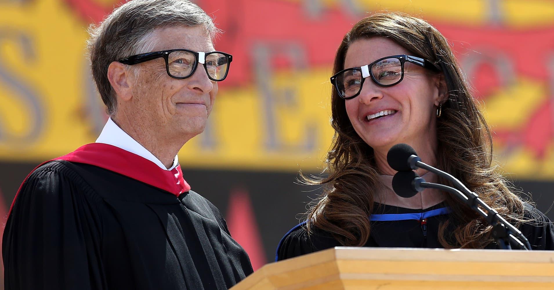 Bill and Melinda Gates are avid readers
