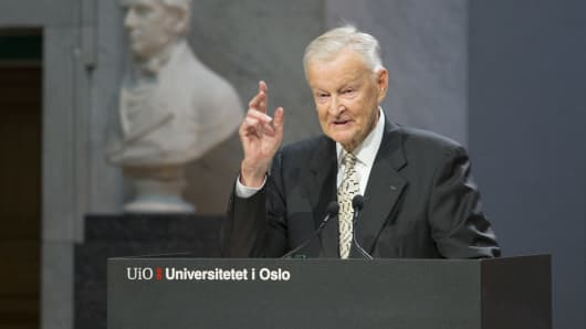 Former US National Security Advisor Zbigniew Brzezinski speaks at the Nobel Peace Prize Forum in Oslo December 11, 2016.