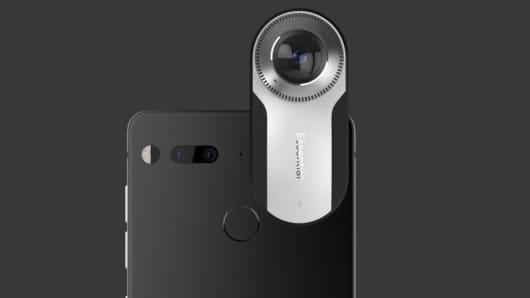 Handout: Essential smartphone 2
