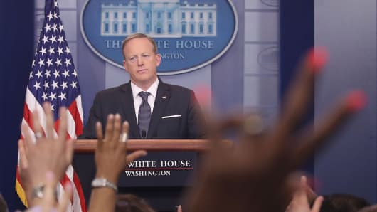 White House Press Secretary Sean Spicer speaks to the media in the briefing room at the White House, on May 30, 2017 in Washington, DC.