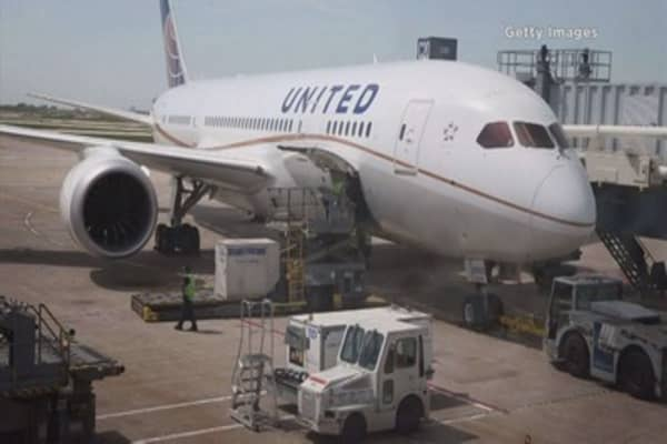 FAA proposes fine for United, accusing it of flying a plane not in 'airworthy condition'