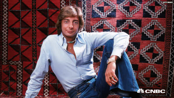 How Barry Manilow's biggest money mistake left him with just $11,000 in the bank