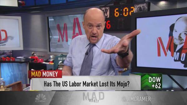 Profits push market past government news