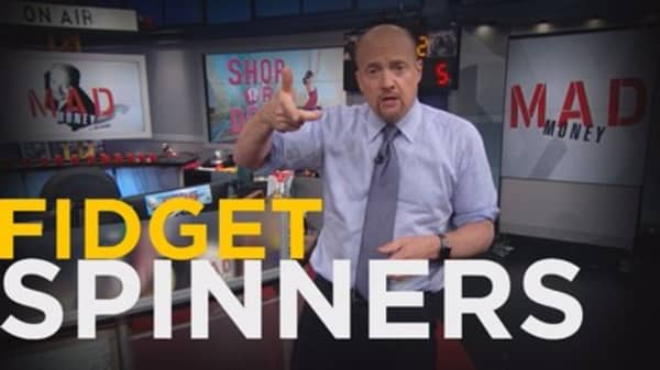 Cramer Remix: Yes, fidget spinners can help you understand stocks