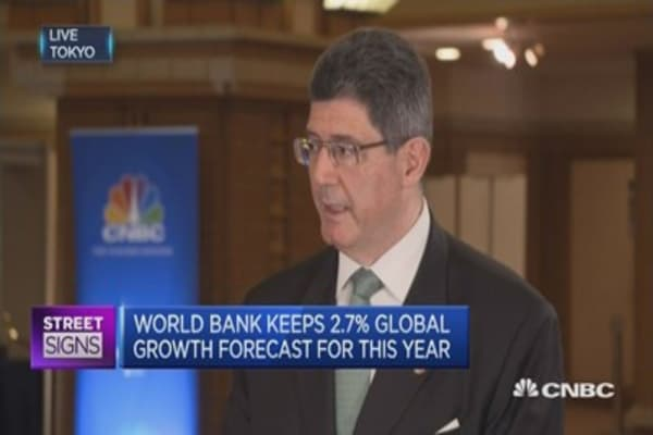 Fragile recovery for global economy ahead: World Bank