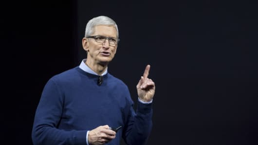 Tim Cook, chief executive officer of Apple Inc., speaks during the Apple Worldwide Developers Conference (WWDC) in San Jose, California, U.S., on Monday, June 5, 2017.