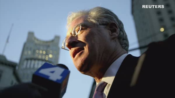 Marc Kasowitz, 'Toughest of the Tough Guys,' Stands Beside Trump