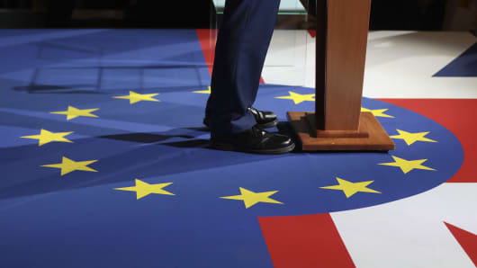 The European Union flag is displayed on stage during the launch of the Liberal Democrats' manifesto in London, U.K., on Wednesday, May 17, 2017.
