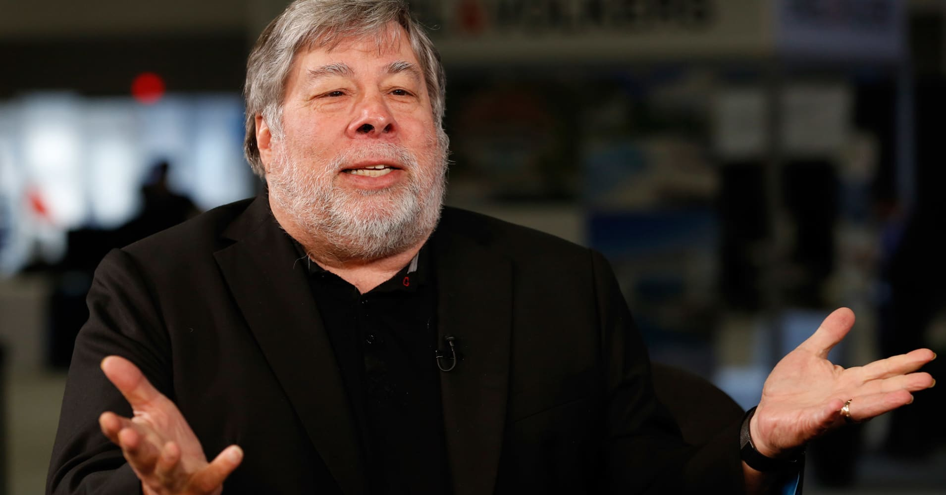Steve Wozniak explains why he used to agree with Elon Musk, Stephen Hawking on A.I. — but now he doesn't