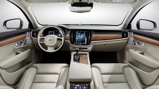 Handout: Volvo S90 6