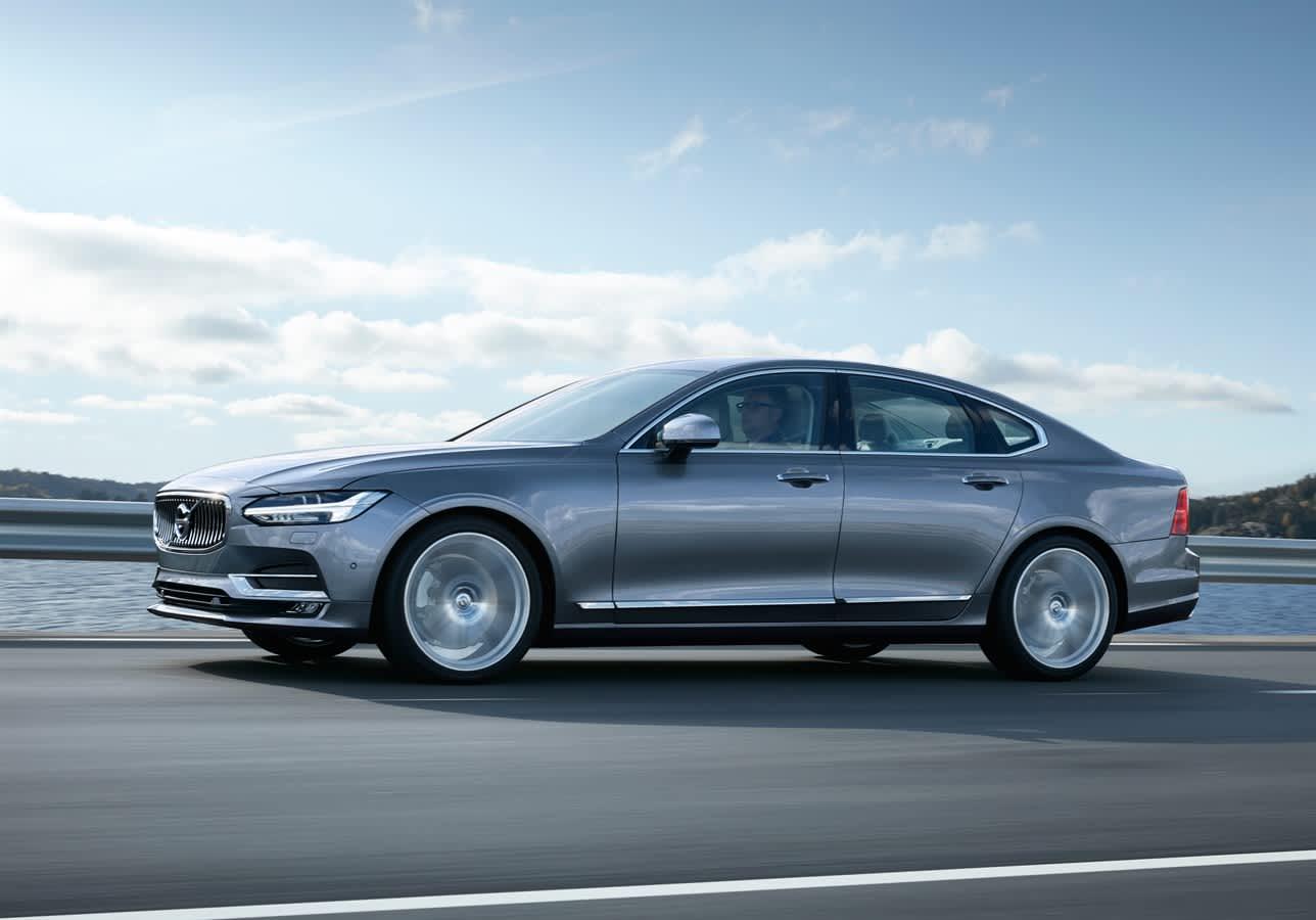 Volvo Review A High Tech Luxury Sedan