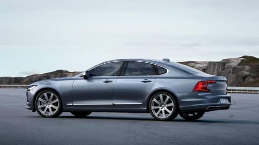 Handout: Volvo S90 2