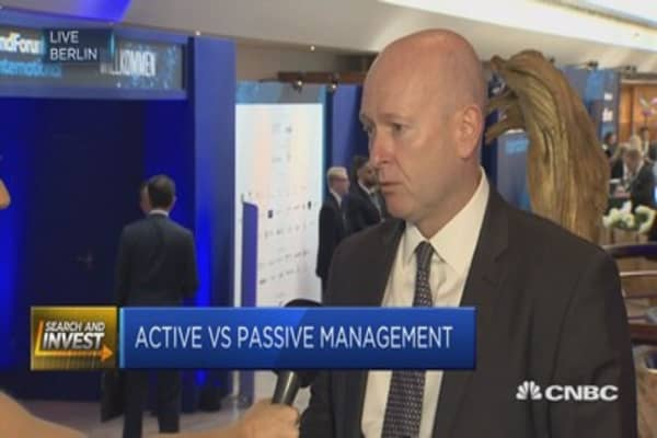Market heading to combination of passive & active: CEO