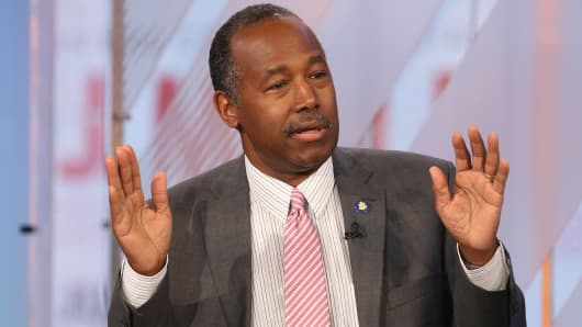 Ben Carson Is Attempting To Return HUD's $31000 Dining Set After Backlash