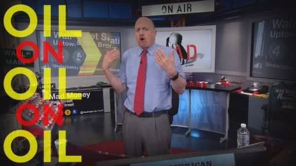 Cramer Remix: One stock that could benefit big from the US oil glut