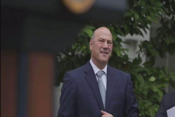 Gary Cohn will reportedly lead search for next Fed chief