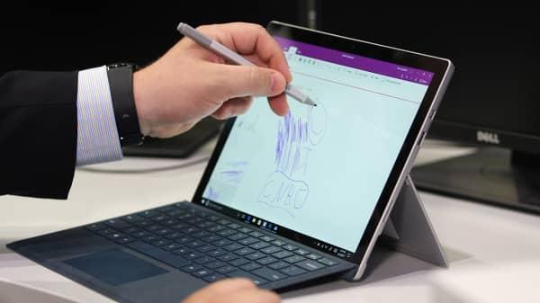 CNBC Tech: Surface Pro review 4