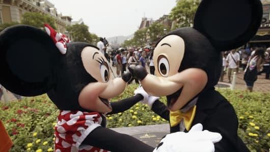 55375798MNC001_Disneyland