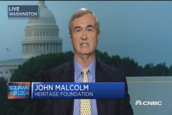Mueller investigates Trump as Russian probe widens