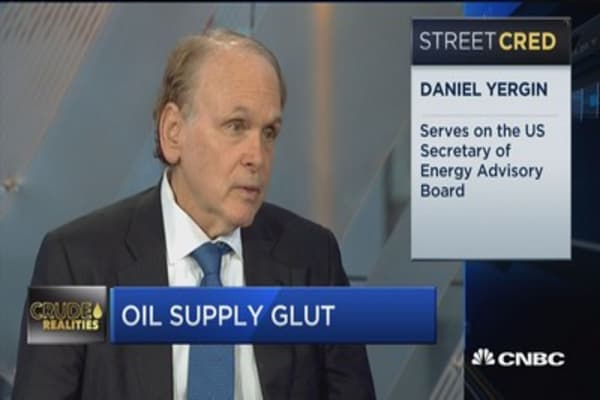 Oil 'back to the past' as prices dip below $45: Dan Yergin