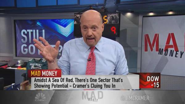 Cramer makes the case for tech based on these 2 shortfalls