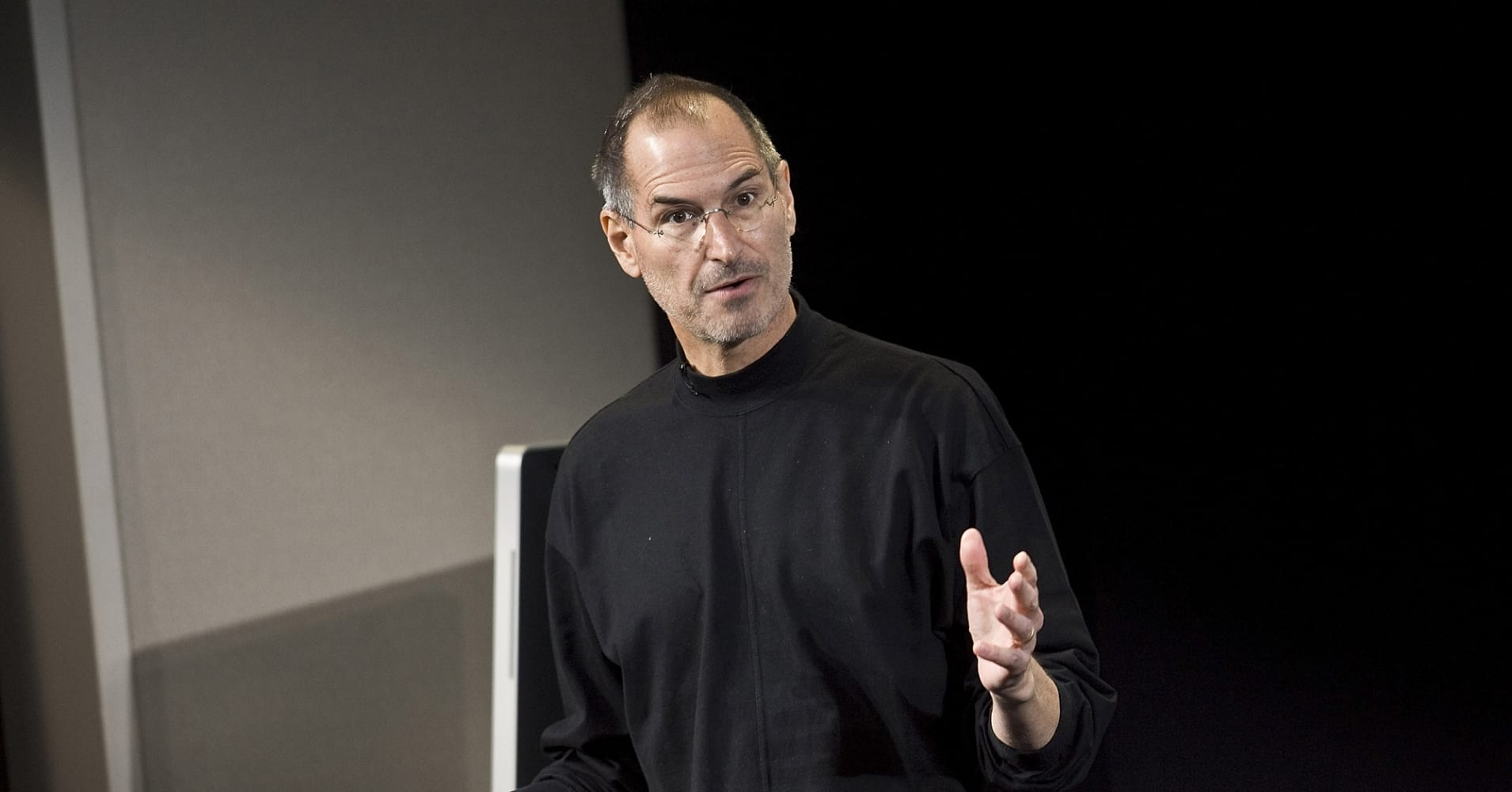 an introduction to the life and history by steve jobs Steve jobs [walter isaacson, dylan  left and it was very interesting to have a behind the scenes view of the apple history  overview of steve's life and.