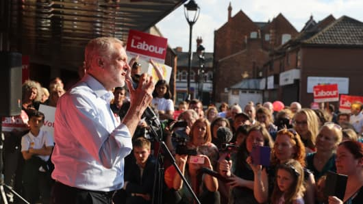 Labour leader Jeremy Corbyn speaks to supporters on May 22, 2017 in Goole, England.