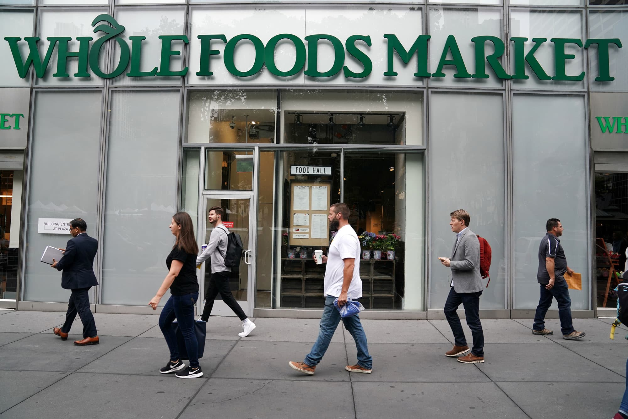 Retail Landlords Win Fight In Starbucks Whole Foods Store Closures