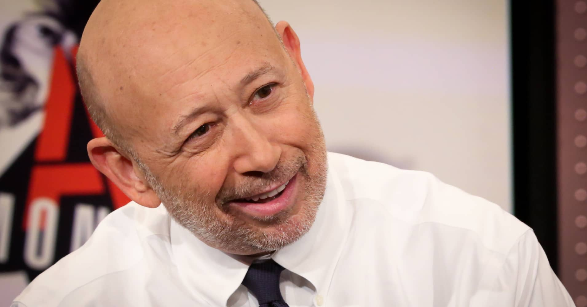 Cramer: Blankfein uses Twitter to prevent others from defining Goldman Sachs