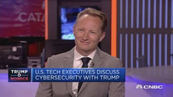 US tech executives discuss cyber-security with Trump
