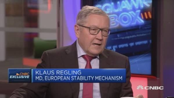 ESM's Regling: Confident Greece can have sustainable growth