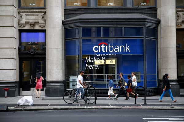 CITIGROUP EARNS
