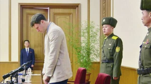 Death of American detained in North Korea baffles experts