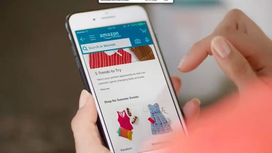 Amazon Prime Wardrobe on a mobile phone