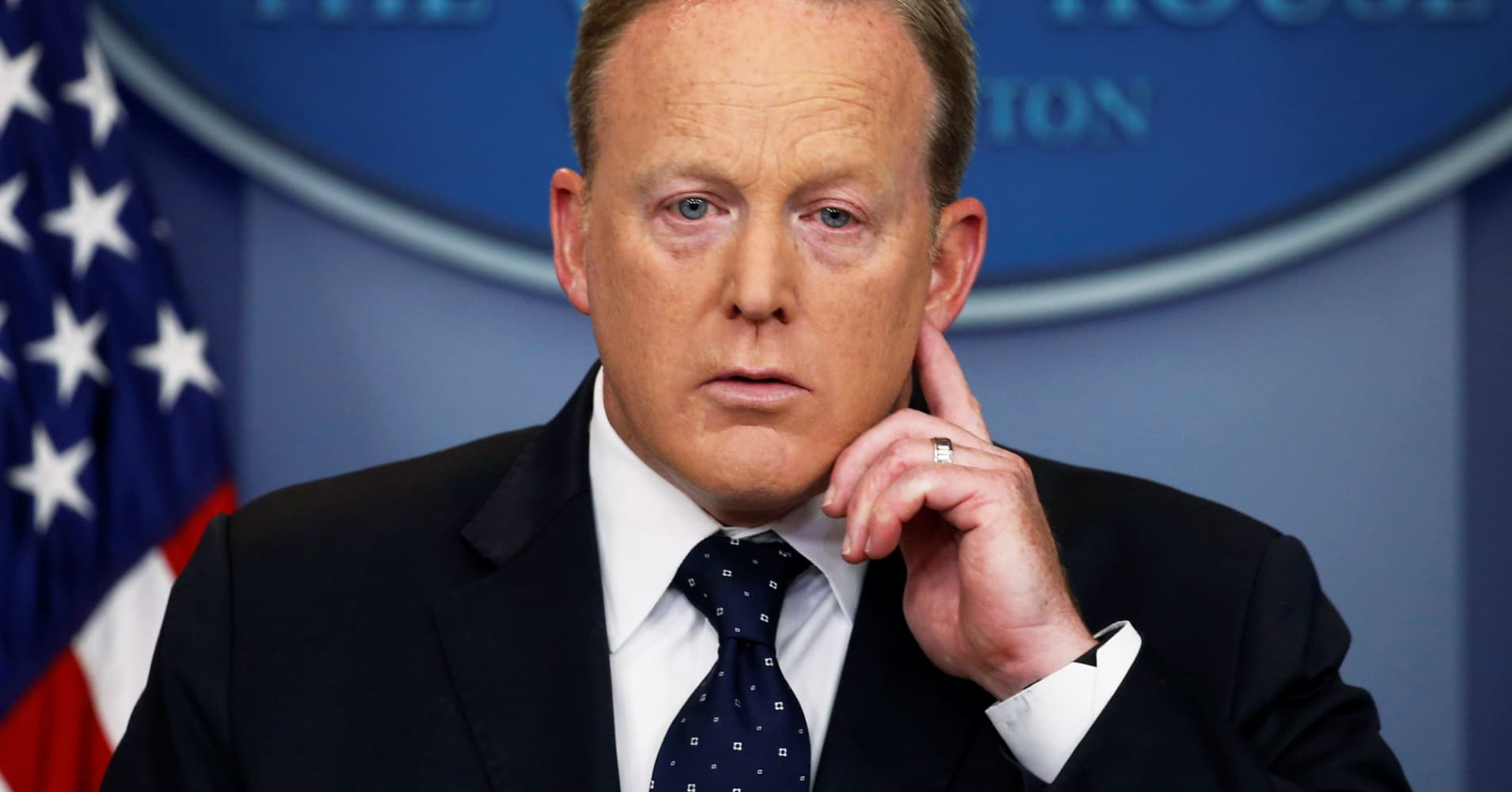 sean spicer resigns as white house press secretary after objecting