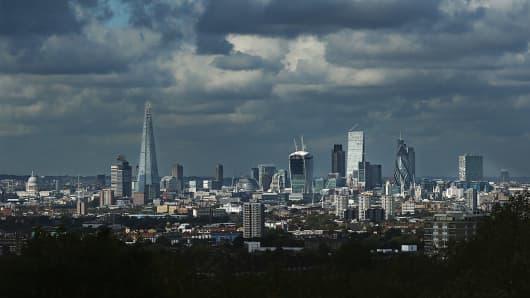 185947667DK00001_LONDON_S_E