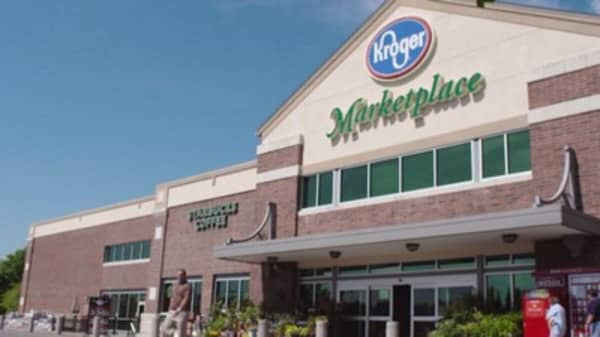 Kroger should challenge Amazon and make Whole Foods a sweeter offer