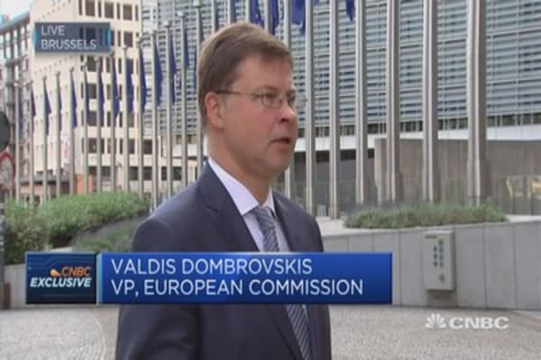 Important to have duel approach to regulation: EC's Dombrovskis