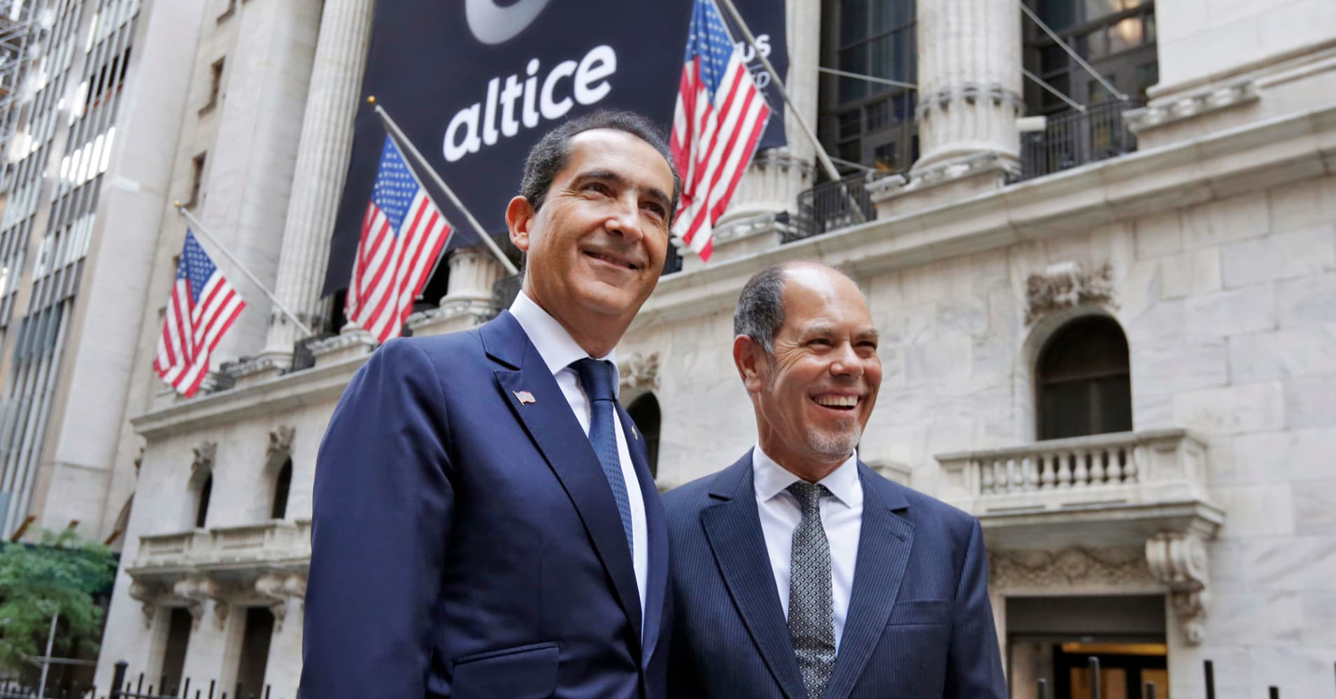 Cable giant Altice USA pops more than 5% in $1.9 billion IPO