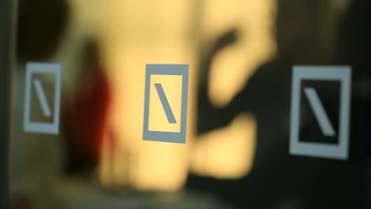 Jp morgan denies interest in deutsche bank cnbc financial krisztian bocsi bloomberg getty images reheart Images