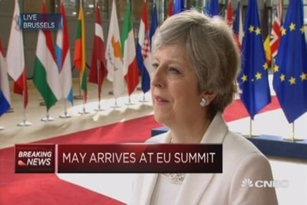 UK PM: Set out fair and serious offer for EU citizens
