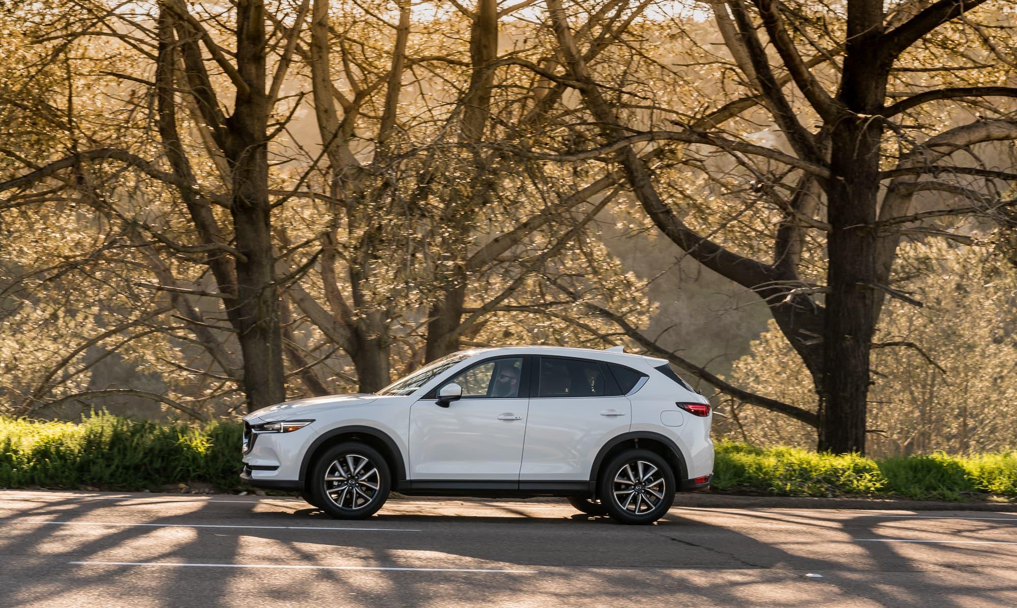 https://fm.cnbc.com/applications/cnbc.com/resources/img/editorial/2017/06/23/104547643-2017-Mazda-CX-5-7.jpg?v=1498223771