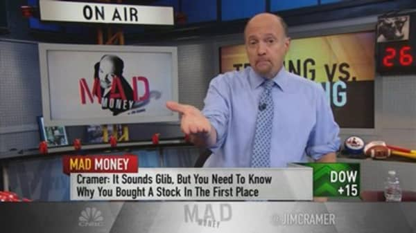 The differences between trading and investing, according to Jim Cramer