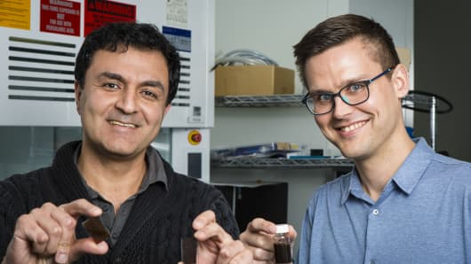 Paint Which Absorbs Solar Energy Produces Hydrogen