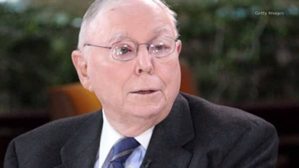 3 psychological habits Buffett's partner Charlie Munger warns can hurt your career