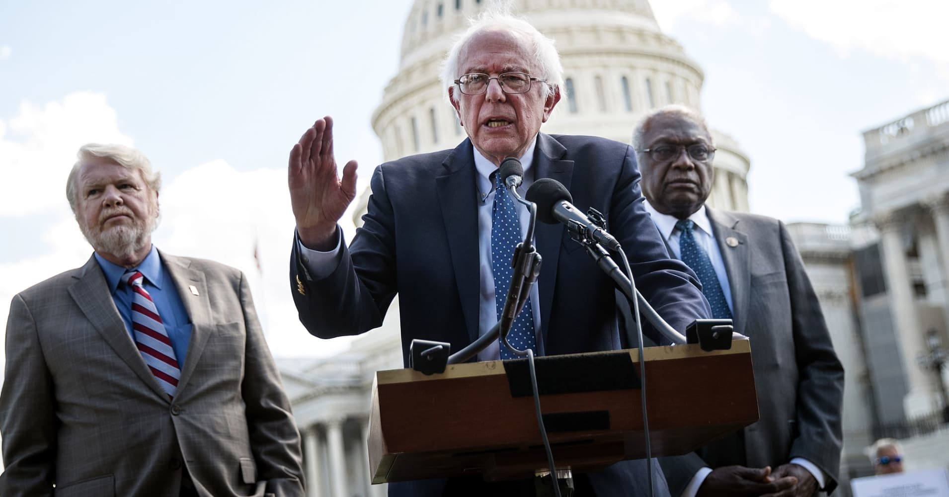 Rep. James Clyburn (R) (D-SC) looks on as U.S. Sen. Bernie Sanders (I-VT) speaks about health care on Capitol Hill, June 26, 2017 in Washington, DC.
