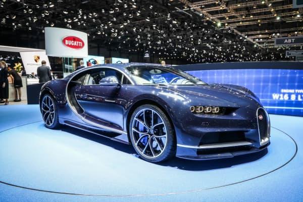 Bugatti Chiron Claims World S Fastest Road Car Title